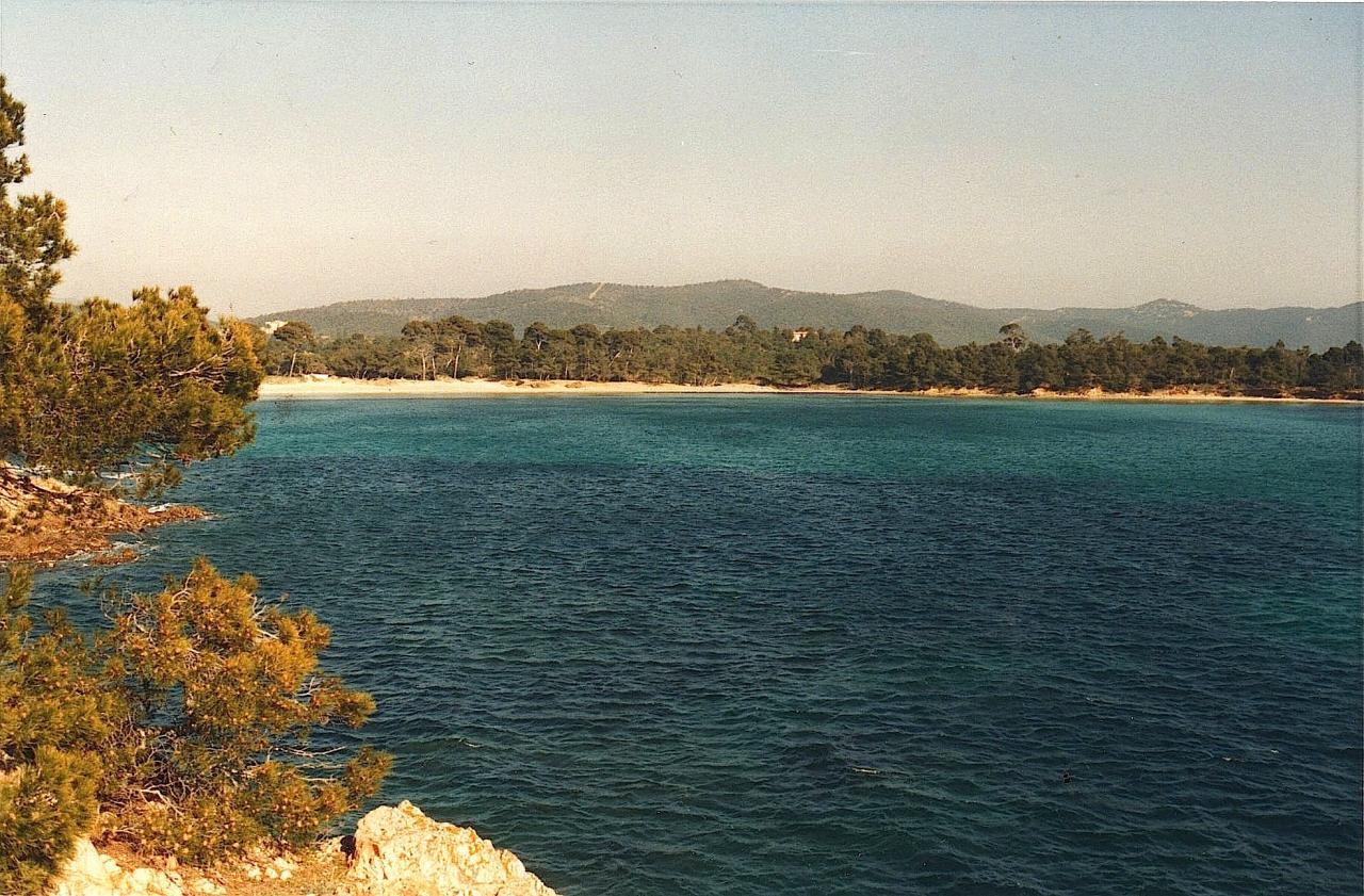 L'Anse de l'ESTAGNOL et sa plage