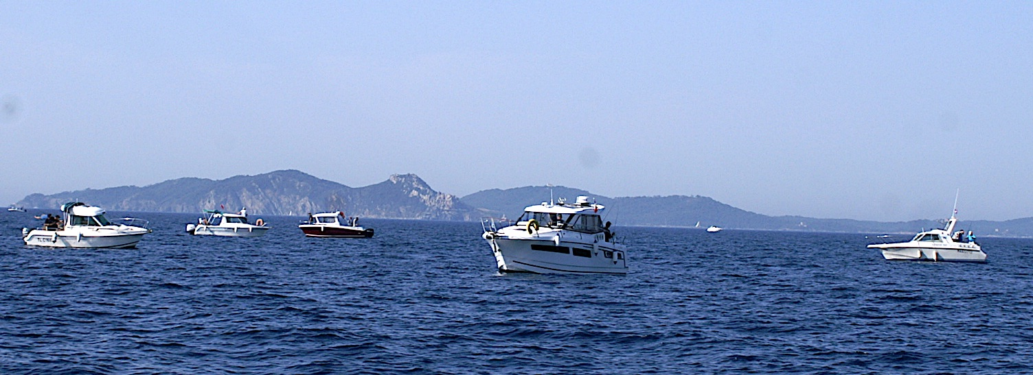 Une partie de la flotte en mer 2